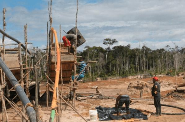 Disputas de los indígenas del Alto Paragua en torno a la minería ilegal en sus territorios