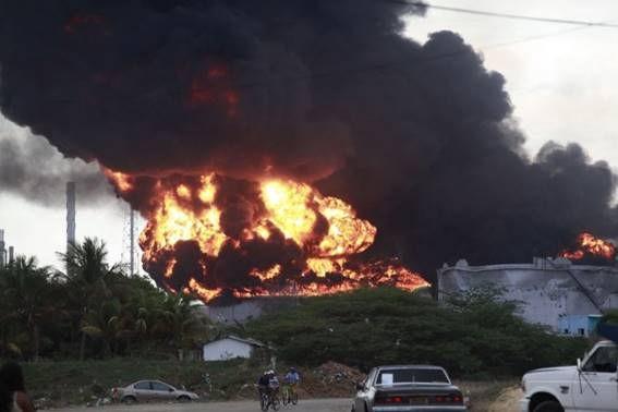 Explosión en la Refinería Amuay