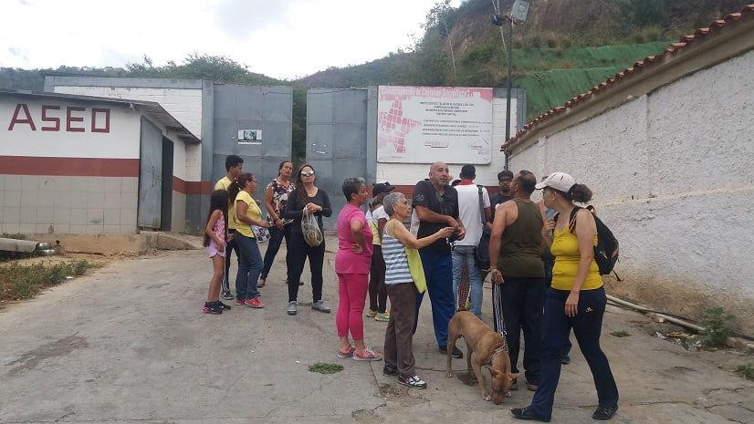Parque Leonardo Ruíz Pineda bajo amenaza. Vecinos de Caricuao se movilizan en su defensa.