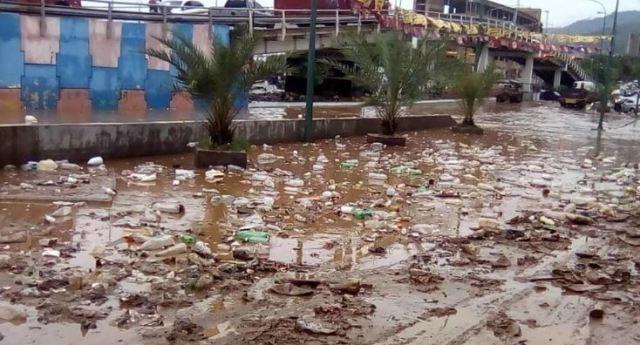 Inundaciones por lluvias en La Guaira