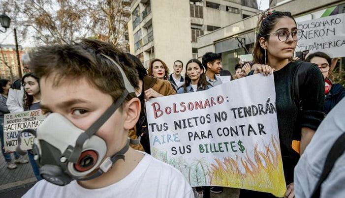 Los incendios en el Amazonas son consecuencia de la reprimarización de la región