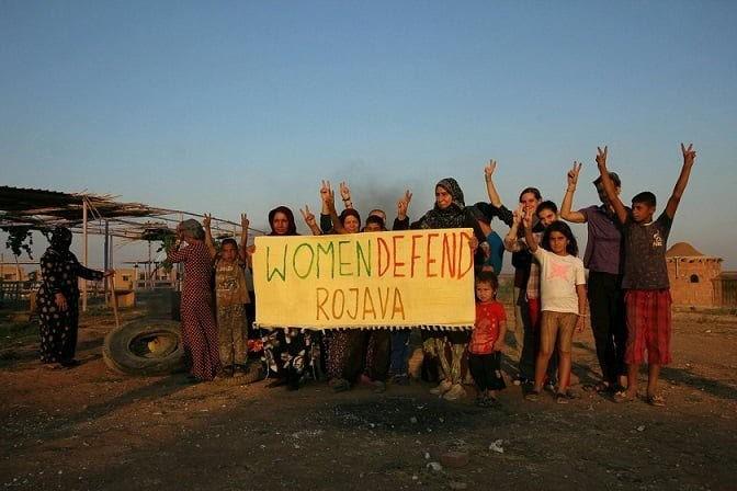Rojava: una utopía libertaria y ecofeminista sometida al  asedio genocida del estado turco