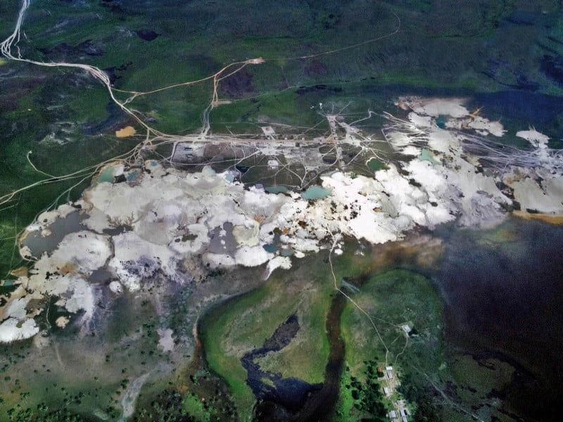 Crónicas Extractivas al Sur del Orinoco
