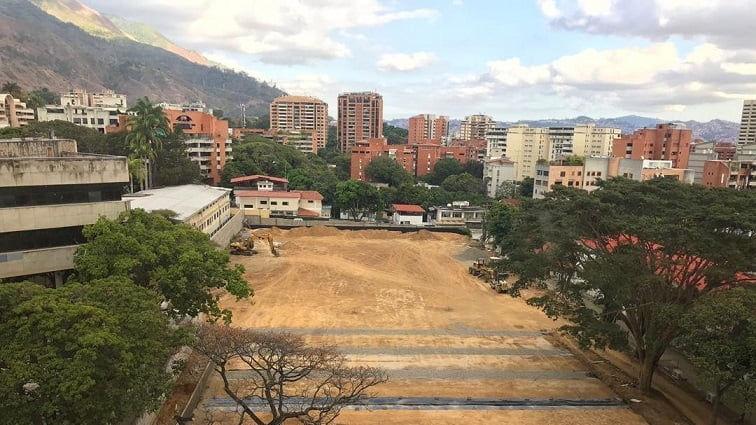 Crisis en la UCV rodea conflicto socio-ambiental en Enfermería