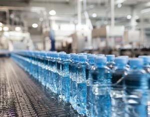 En Venezuela ahora se paga impuesto por el agua mineral