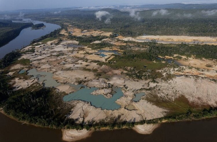 Gobierno venezolano impulsa minería en zonas fluviales de la Amazonía en plena pandemia Covid-19